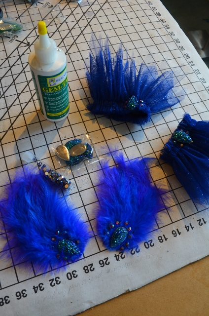 hackle pads and arm frills (424x640)