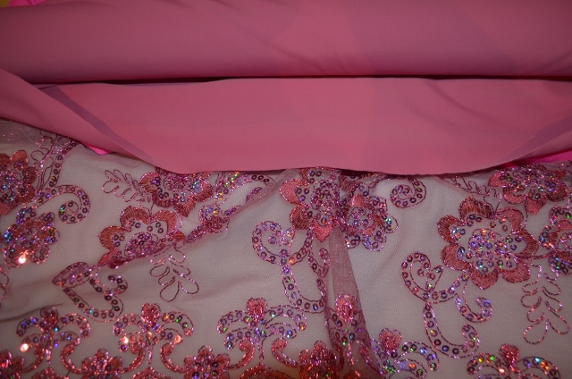 small dusty rose and sequin lace (2) (640x424)