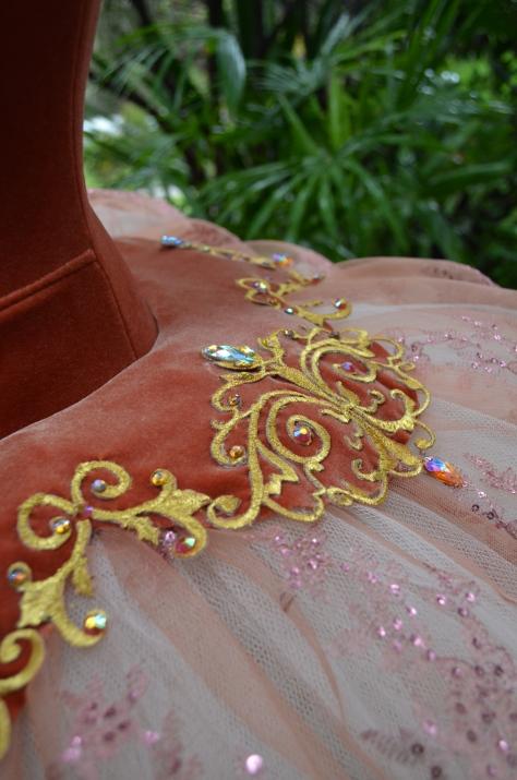 skirt detail 2